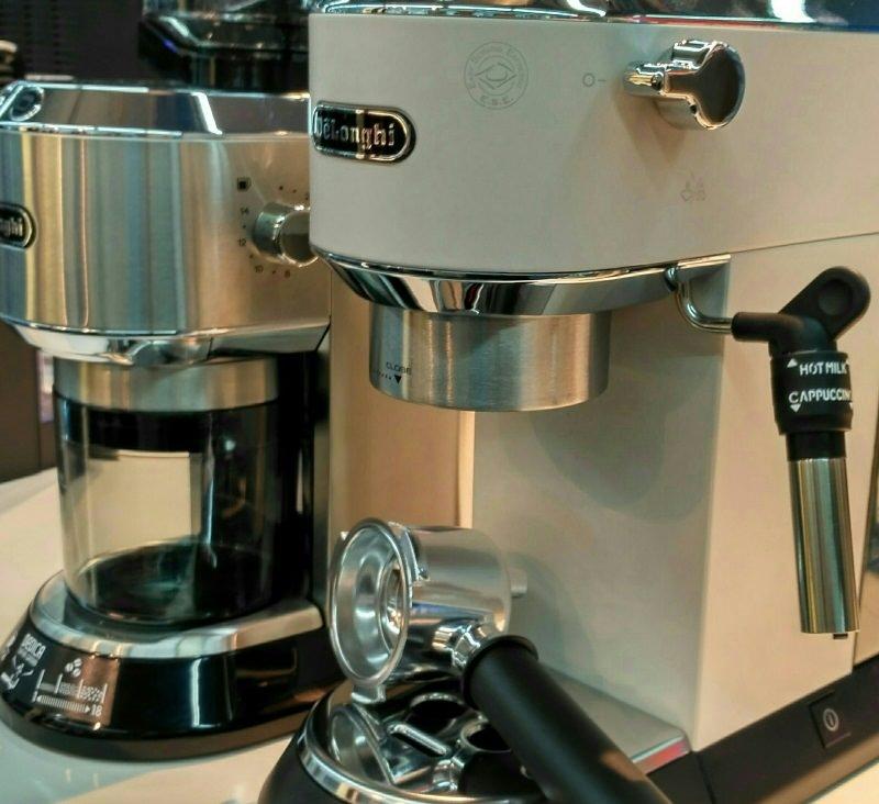 Delonghi Dedica 685 Espressomaschine