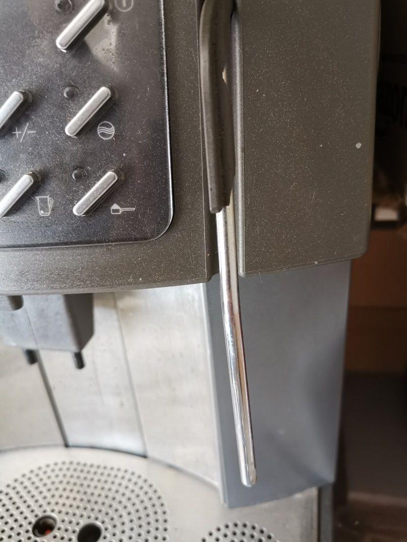 Dampflanze am Kaffeevollautomaten
